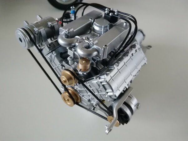 023-24号 エンジンにベルトを設置 デロリアンを作る