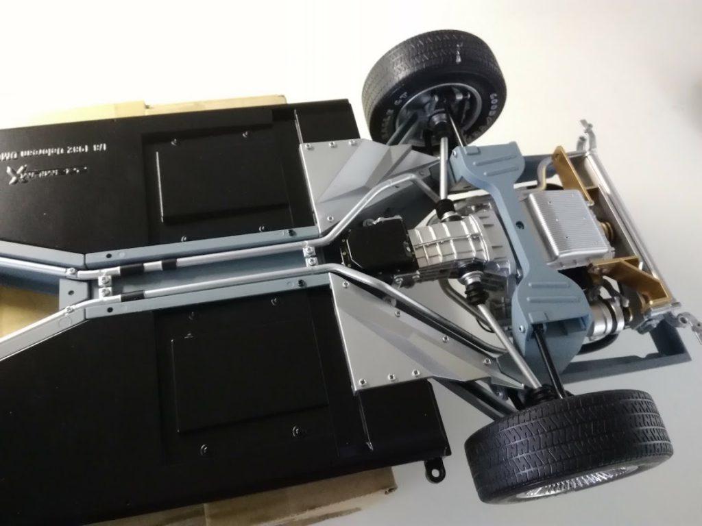 デロリアンを作る アンダープレート、パイプ、エアーデフレクタープレート